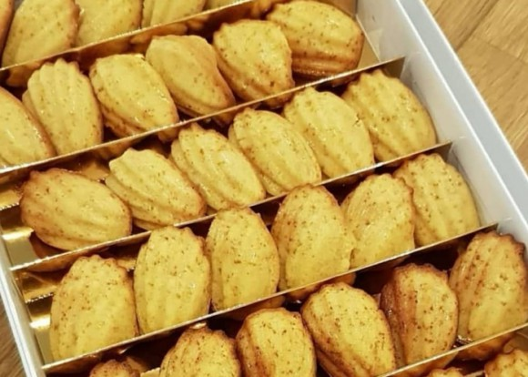 Mini French Madeleines - 1 box (36 pieces)
